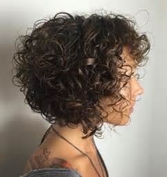 diagonal bob haircut curly hair 55 styles and cuts for naturally curly hair in 2017