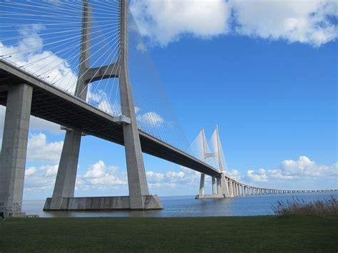 ponte vasco da gama file ponte vasco da gama 14009264394 jpg wikimedia commons