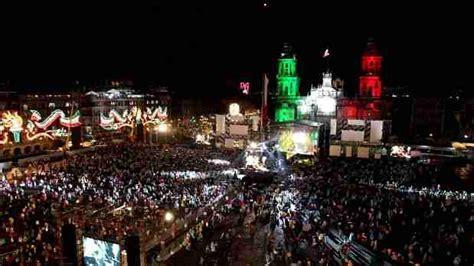 imagenes del zocalo adornado de navidad verbena popular en el z 243 calo del df