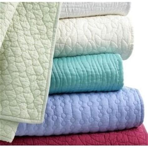 Aqua Quilts Coverlets Style Co Aqua Wave Quilt Quilted Coverlet