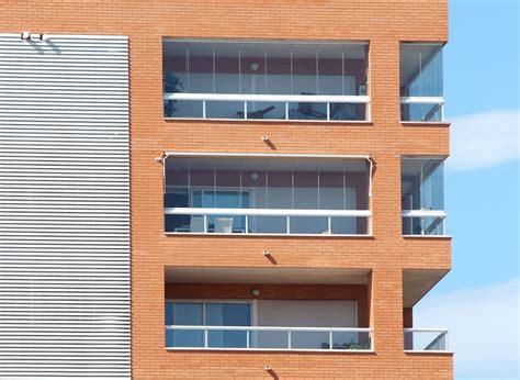 veranda 5m2 fermeture de balcon en verre sans profils pour balcon