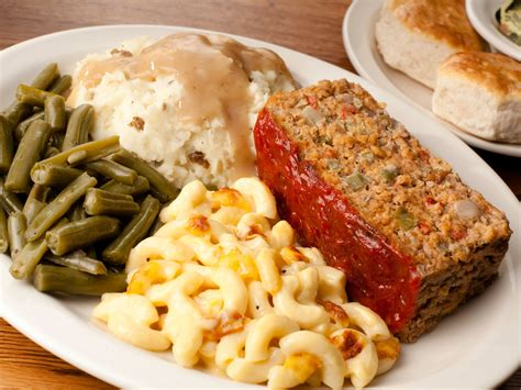 dinner crackers cracker barrel serves home country meals you ll