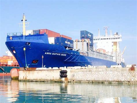 leghorn port photo