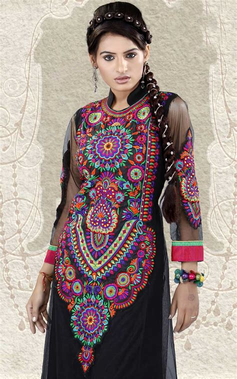 embroidery design in suits pakistani embroidery designs 2018 for salwar kameez suits