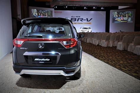 Honda Br V E 2017 honda br v launched in malaysia autoworld my