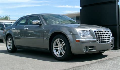 chrysler 300c file chrysler 300c front 20070520 jpg
