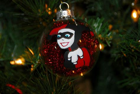 harley quinn christmas tree ornament batman comic book