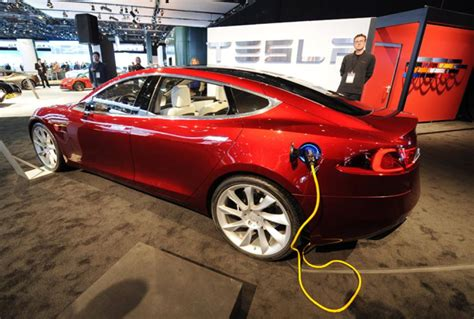 Tesla Model S Mileage Per Charge Tesla Unveils Distance Electric Vehicle Supercharger