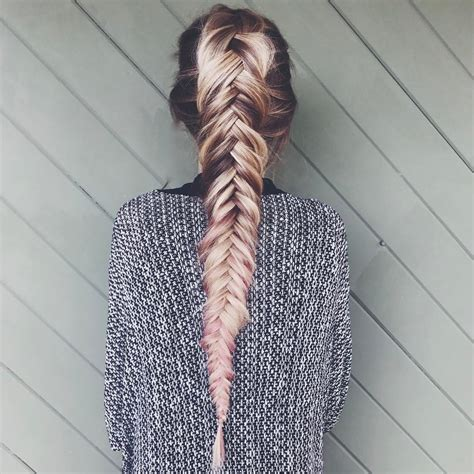 17 Fabulous Fishtail Braids Hairstyles   HairstylesOut