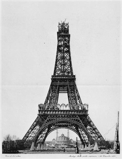 The construction of the Eiffel Tower - unknown