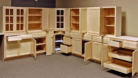 Kitchen Cabinets Set by Bargain Hunt Cabinets Quality Cabinets At An Affordable