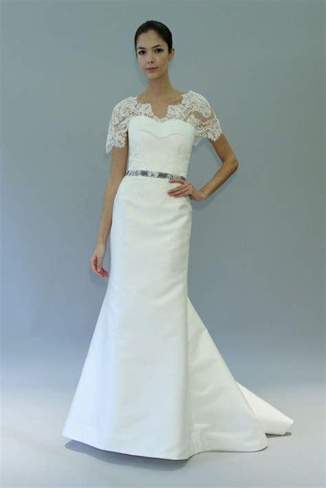carolina herrera wedding dresses 7 divine wedding dresses from breaking dawn designer