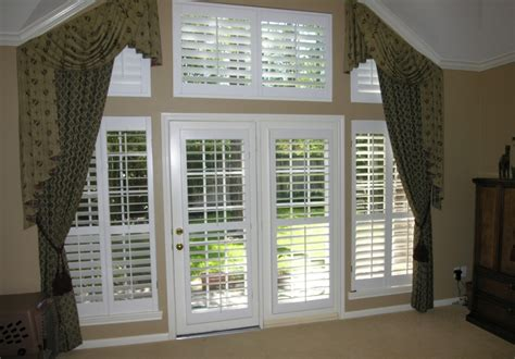Shutter Blinds For Patio Doors by The Most Useful Ideas Of Plantation Shutter For