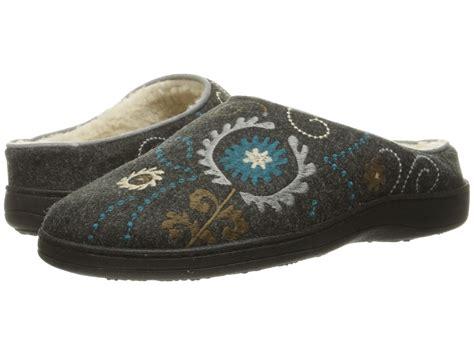 acorn bedroom slippers s slippers