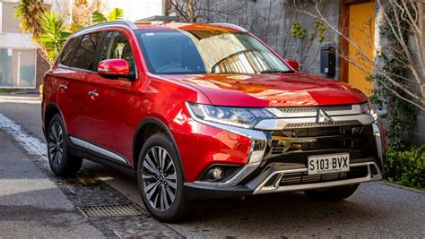 2019 Mitsubishi Outlander Se by Mitsubishi Outlander 2019 Pricing And Spec Confirmed Car