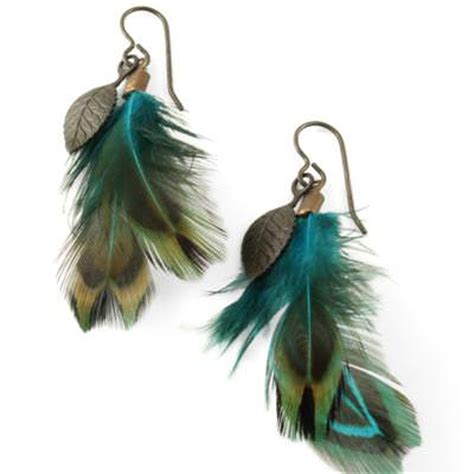 how to make feather jewelry diy feather earrings tutorial tip junkie