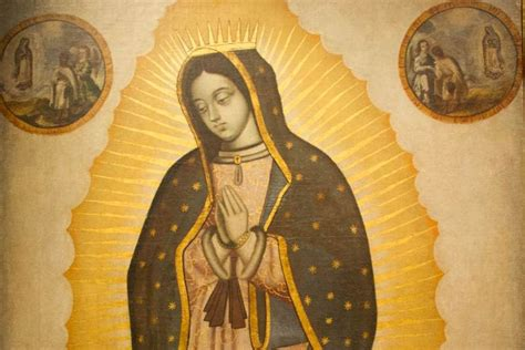 imagenes virgen de guadalupe con corona virgin mary draws crowds after miracle image appears