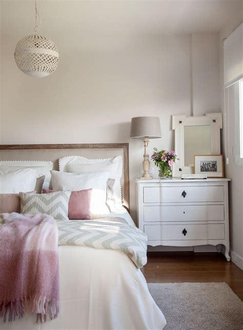 decoracion de mesitas de noche mesillas de noche para el dormitorio