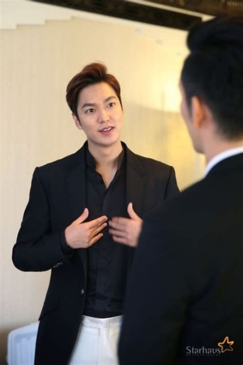 video film romantis lee min ho foto foto dari promosi film lee min ho bounty hunters