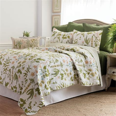 c and f bedding anessa spring garden full queen quilt 90 quot x 92 quot c f