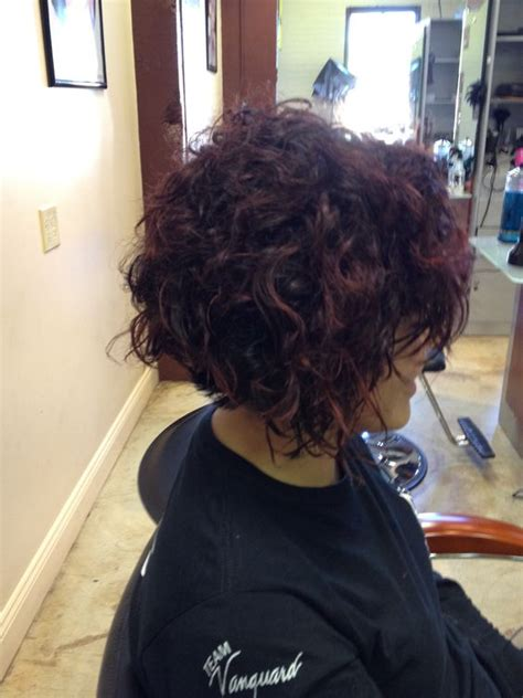 graduated bob for permed hair curly bob bobs and graduated bob on pinterest