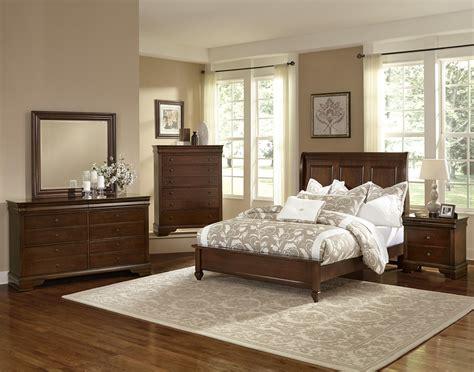 vaughan bassett bedroom set vaughan bassett french market queen bedroom group olinde