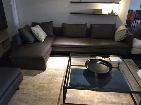 molteni divani outlet divano molteni hi bridge in pelle scontato 40