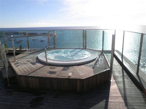 whirlpool dach quot whirlpool auf dem dach quot hotel dorado bull hotels