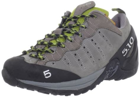 Merrel Sawtooth Tracking fiveten s c four hiking shoe hiking shoes review