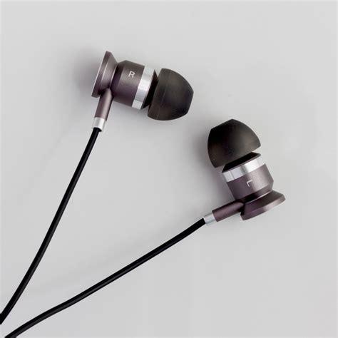 bluetooth  ear headphones good housekeeping