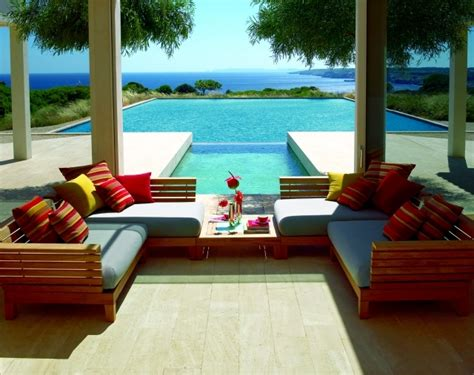 comfort and luxury garden ornaments 20 ideas offer comfort and luxury