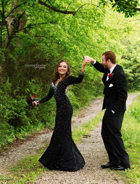hot prom themes 25 best prom poses ideas on pinterest