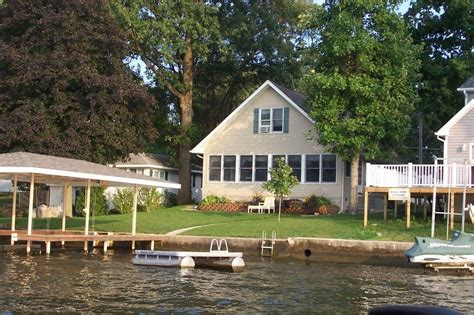 Cottage Rentals In Indiana by Lake Shafer Waterfront Cottage 4 Bedrooms Homeaway