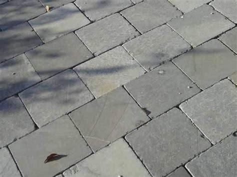 pavimenti per esterni in pietra naturale pavimento per esterni in pietra naturale limestone by pavesmac