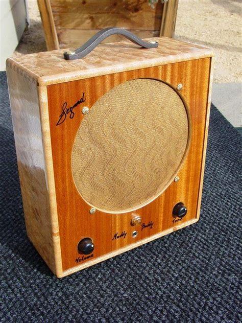 hand  muddy buddy guitar tube amplifier  siegmund guitars amplifiers custommadecom