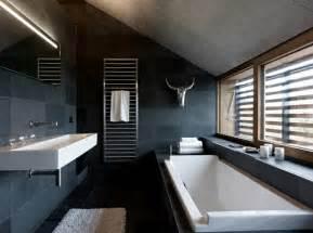schwarzes badezimmer badezimmer ideen in schwarz wei 223 45 inspirierende beispiele