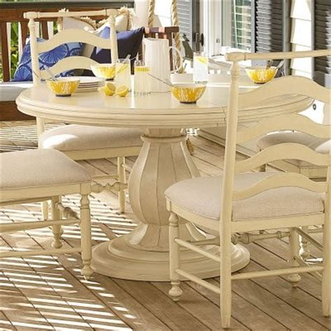 Paula Deen Dining Room Table by Paula Deen River House Round Pedestal Dining Table River