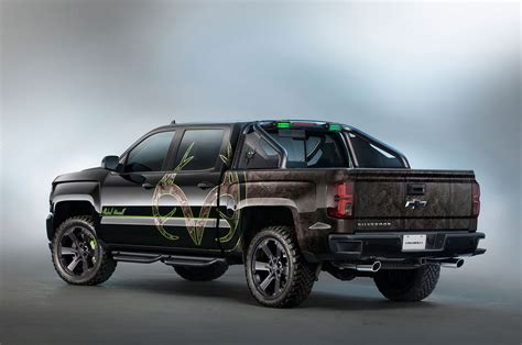 hunting truck 2016 chevrolet silverado adds hunting inspired realtree