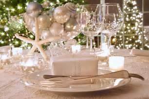 Retro Art Glass Vase White Christmas Decorating