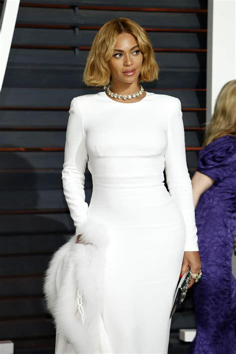A Closer Look At The Oscars Beyonce Knowles by Z Bought Beyonce A Egg From The Of