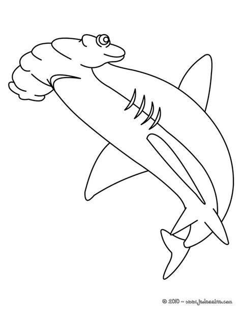 coloring page of hammerhead shark coloriages coloriage d un requin marteau fr hellokids com