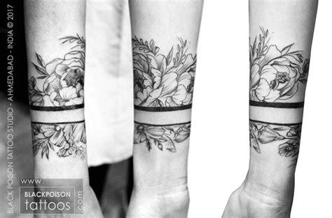 wrist band tattoos best studio in india artist ahmedabad