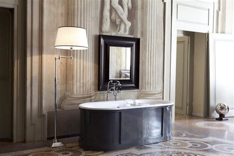 whirlpool wannen klassische badewanne mit vorhafen idfdesign