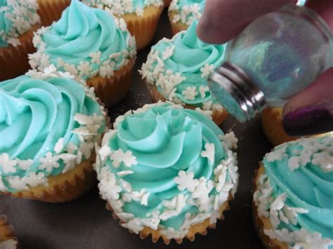 cupcakes inspired by quot frozen quot cupcakes recipes inspired by