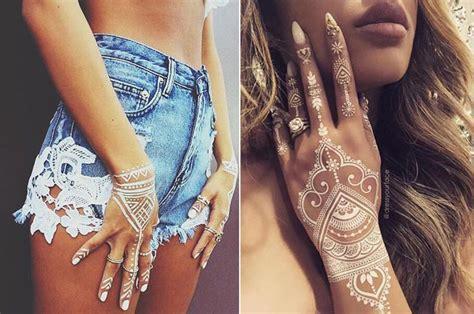 Scrub Vire tatuagem branca white henna manu luize