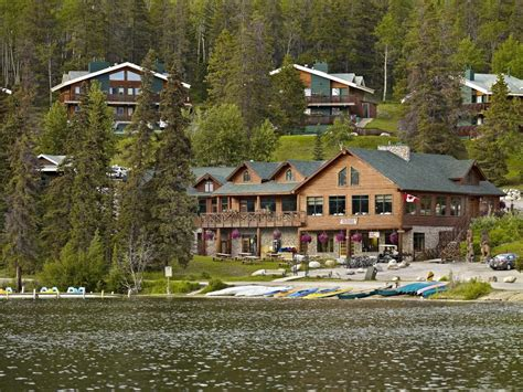 Resort For Pyramid Lake Resort Jasper Canada Booking