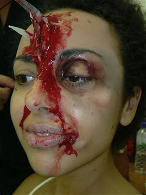 centrar imagenes en latex 191 que es mejor para maquillaje de terror latex o carne
