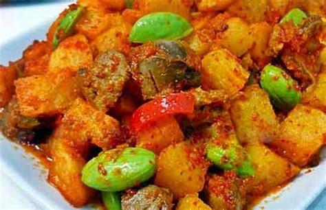 cara membuat sambal goreng kentang hati ayam resep masak sedap sambal goreng kentang ati ampela pete
