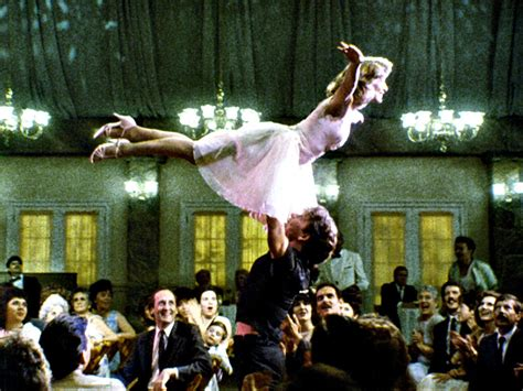 dirty dance jennifer grey on her iconic dirty dancing lift with
