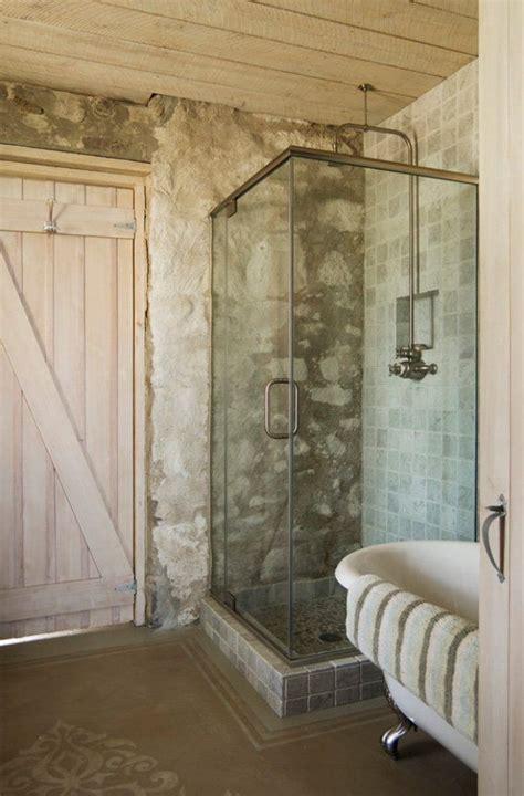 antique bathrooms  trendy appeal